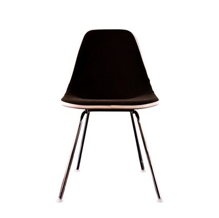 Eames, Herman Miller, fiberglass chair, Charles & Ray Eames